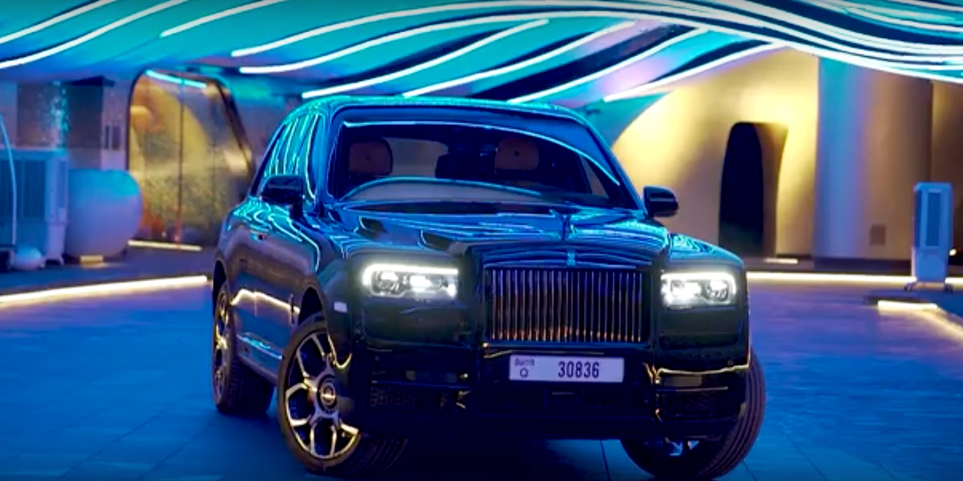 Black Badge Cullinan Dubai rolls royce